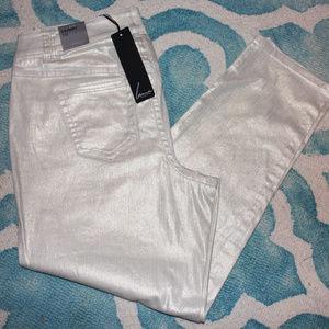 Lane Bryant light cream shimmer pant Size 16 *NEW*